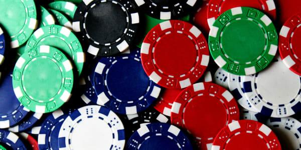 Populiariausi internetiniai kazino, skirti žaisti pokerį